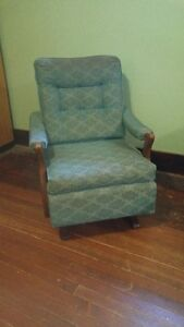 Vintage upolstered rocker!!