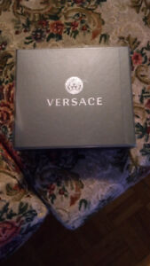 BRAND NEW 3 SET VERSACE COLOGNE FOR A GREAT DEAL!!!!!!!!!!!!!!!