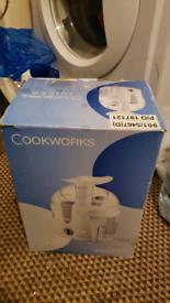 Cookworks Juicer