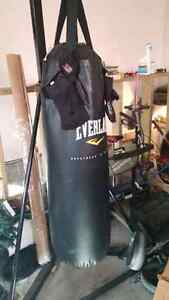 Everlast punching bag and stand with UFC gloves London Ontario image 2