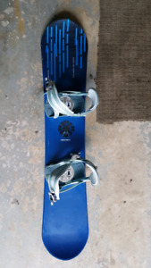 snowboard 130cm and boots 6.5
