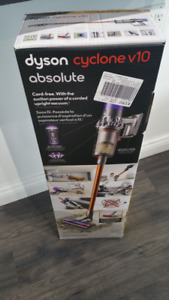 STORE SALE - Dyson Cyclone V10 ABSOLUTE Cordless Vacuum