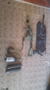 cronos paintball gun. includes belt remote line and pods