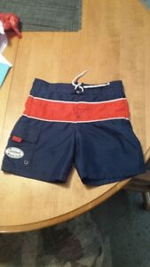 BOYS OSH KOSH SWIM SHORTS SIZE 5