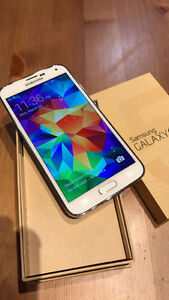 Samsung Galaxy S5 16GB White Unlocked