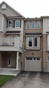 Immaculate 2 bdr townhouse for rent Milton Nov 15