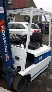 Chariot élévateur ~ forklift ~ lift ~ Komatsu