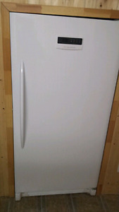 In Excellent Conditon. Stand up Freezer