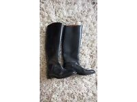 2x horse riding boots