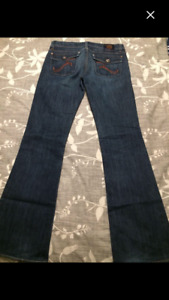 Rock and Republic Jeans ladies size 28