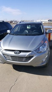 2013 Hyundai Tucson GLS AWD excellent low km still on warranty