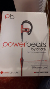 Powerbeats headphones (NEW)