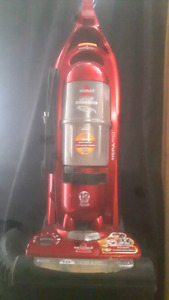 Bissell Upright Pet Vacuum (in perfect working order)