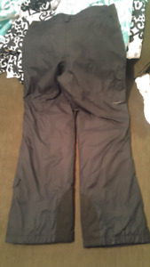 Columbia youth Omni Heat Insulated Snowpants Black 18/20XL