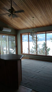 Lakefront home near Ainsworth Hot Springs rent 3 or 2bdrms