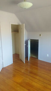 1 bedroom & living space, shared washroom & kitchen Peterborough Peterborough Area image 7