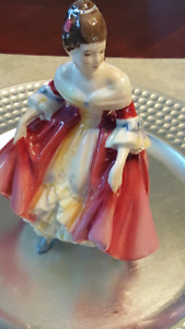 Royal Doulton Figurine - Southern Belle HN 2229 REDUCED