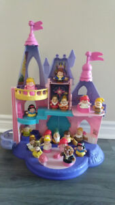 Princess castle with all the little people on the picture