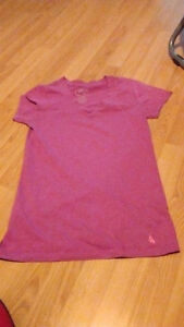 9 tops for shorter women or teenagers(sizes small and medium) Gatineau Ottawa / Gatineau Area image 2
