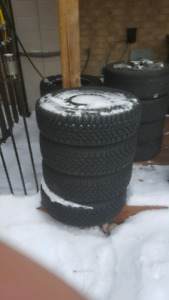 Winter Tires: 215/65/r16 for Ford Connect
