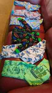 **Must go** Toddler size 2 pj set $20 takes all