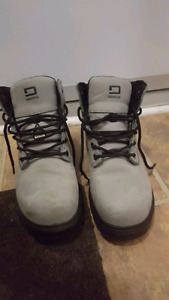 Womens work boots NEW