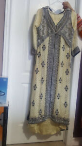 NEW Pakistani/Indian Dress/Suit Mint Condition