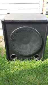 "1x15"" Bass Cabinet London Ontario image 4"