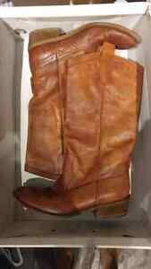 Size 7 quality thick  leather Aldo western style boot  Kitchener / Waterloo Kitchener Area image 4
