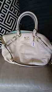 Authentic Coach Madison Leather Handbag  located in Kelowna