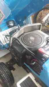 Ford 18 yth lawn tractor Peterborough Peterborough Area image 3