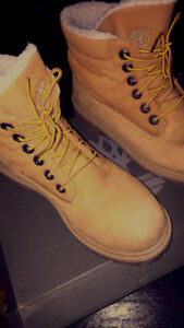 BOTTES TIMBERLAND ( taille : 5)
