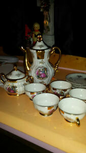 tea set Belleville Belleville Area image 1