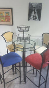 Funky Dining Table Set