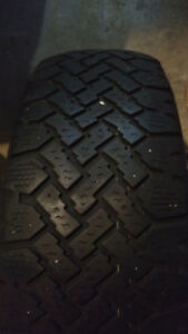 225/60R16 1 winter tire