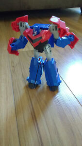 Optimus Prime transformer toy