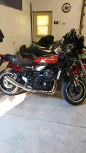 Cleaning out the Garage Kawasaki and Honda