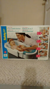 BRAND NEW Safety 1st - 4-in-1 bath station