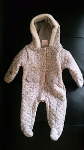 Cute Baby winter suit 3-6 months $20