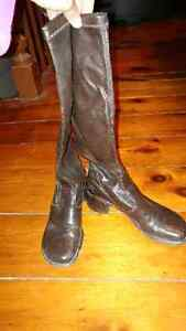 Brown high boots size 7.5 (fit like 8)