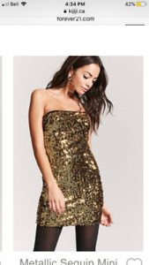 Forever 21 - gold dress size medium, never worn. Tags on.