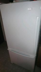 Réfrigérateur Whirlpool en parfaite condition