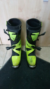 Size 11 Thor Boots