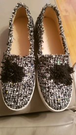 BRAND NEW LADIES SHOES. Size 40