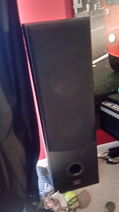 NEW PRICE Pro Audio tower speakers and Yammaha sub woofer
