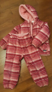 Patagonia Size 4T matching/reversible top and bottom