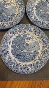 English Ironstone Tableware (EIT) Blue & White Decorative Plates