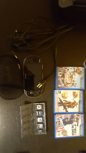 Ps vita with four games