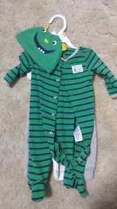 Carter's boys 3 month outfit.