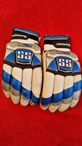 Cricket Batting Gloves-SS Limited Edition;